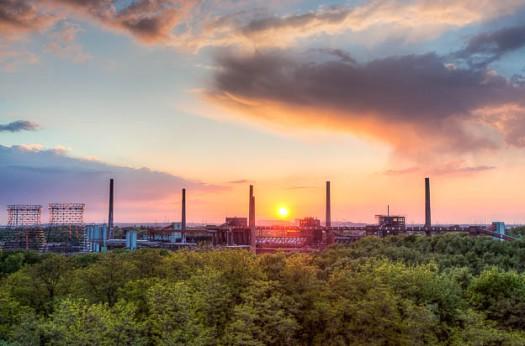 Die Türme der Kokerei von Zollverein – ebenfalls mit HDR-Technik fotografiert. © Till Erdmenger – Businessfotos