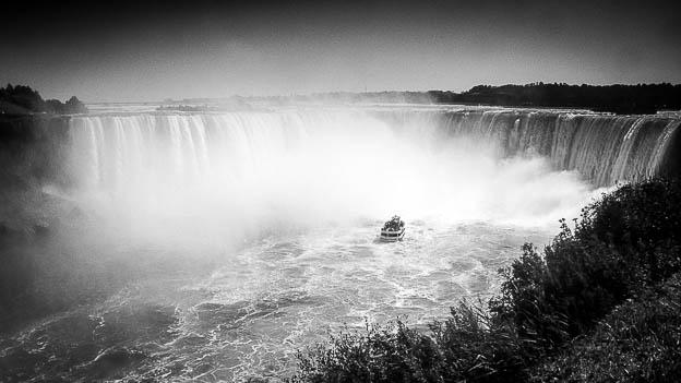 """Namenvorschlag für das nächste OS X: """"Niagara"""" © Till Erdmenger – Businessfotos"""