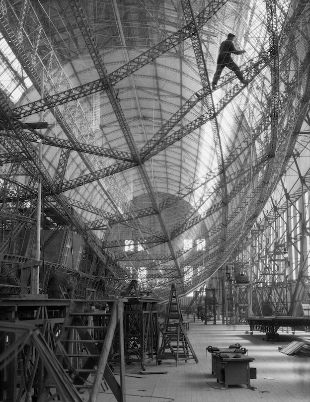 Construction of the 'Graf Zeppelin', Zeppelin Werke, Friedrichshafen, Germany, 1928